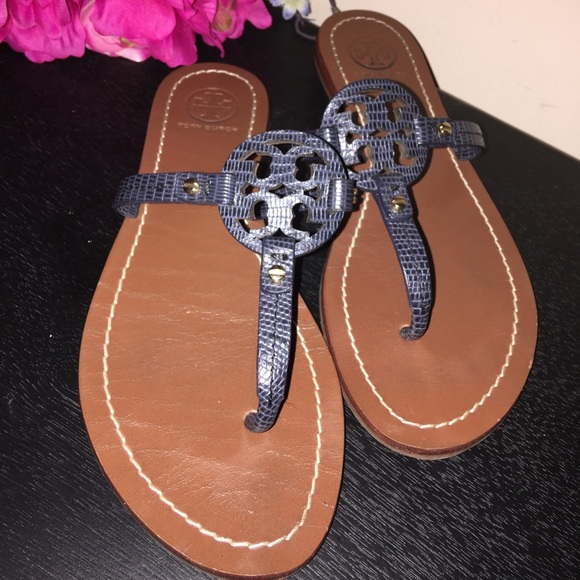 8d74fc1927714 Tory Burch Shoes - Tory Burch Dark grey leather sandals 5.5